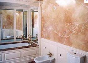 Arredamenti Moderni: Creare una parete in finto marmo