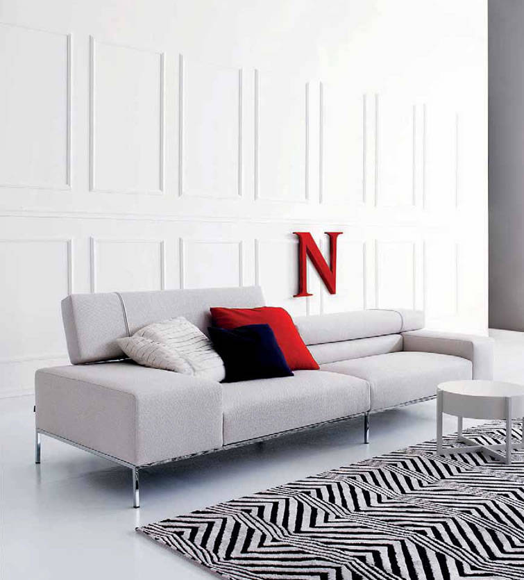 Modern italian sofa smileydotus for Modern sofa design italian