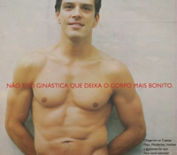 Propaganda de cueca com o ator Beto Simas.