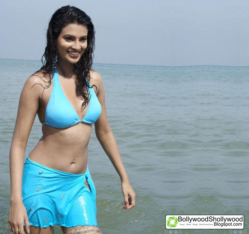 Sayali bhgat in bikini looks very hot and sexy