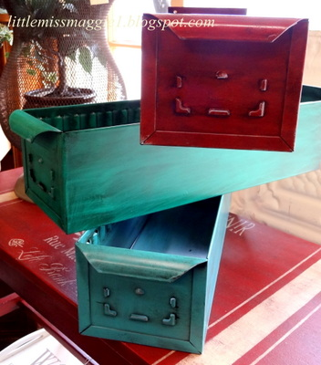 Littlemissmaggie metal drawers in color Teal spray paint for metal