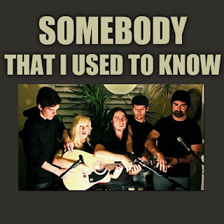 Walk Off The Earth - Somebody That I Used To Know Lyrics