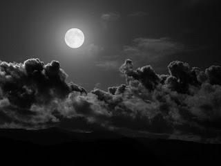 Silver Moon HD Wallpaper