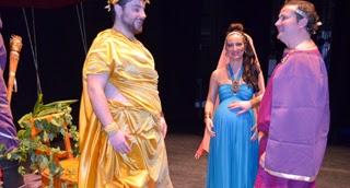 http://www.lavozdetalavera.com/noticia/38693/Talavera/Amigos-de-La-Salle-llena-por-partida-doble-el-Teatro-Victoria-de-Talavera.html