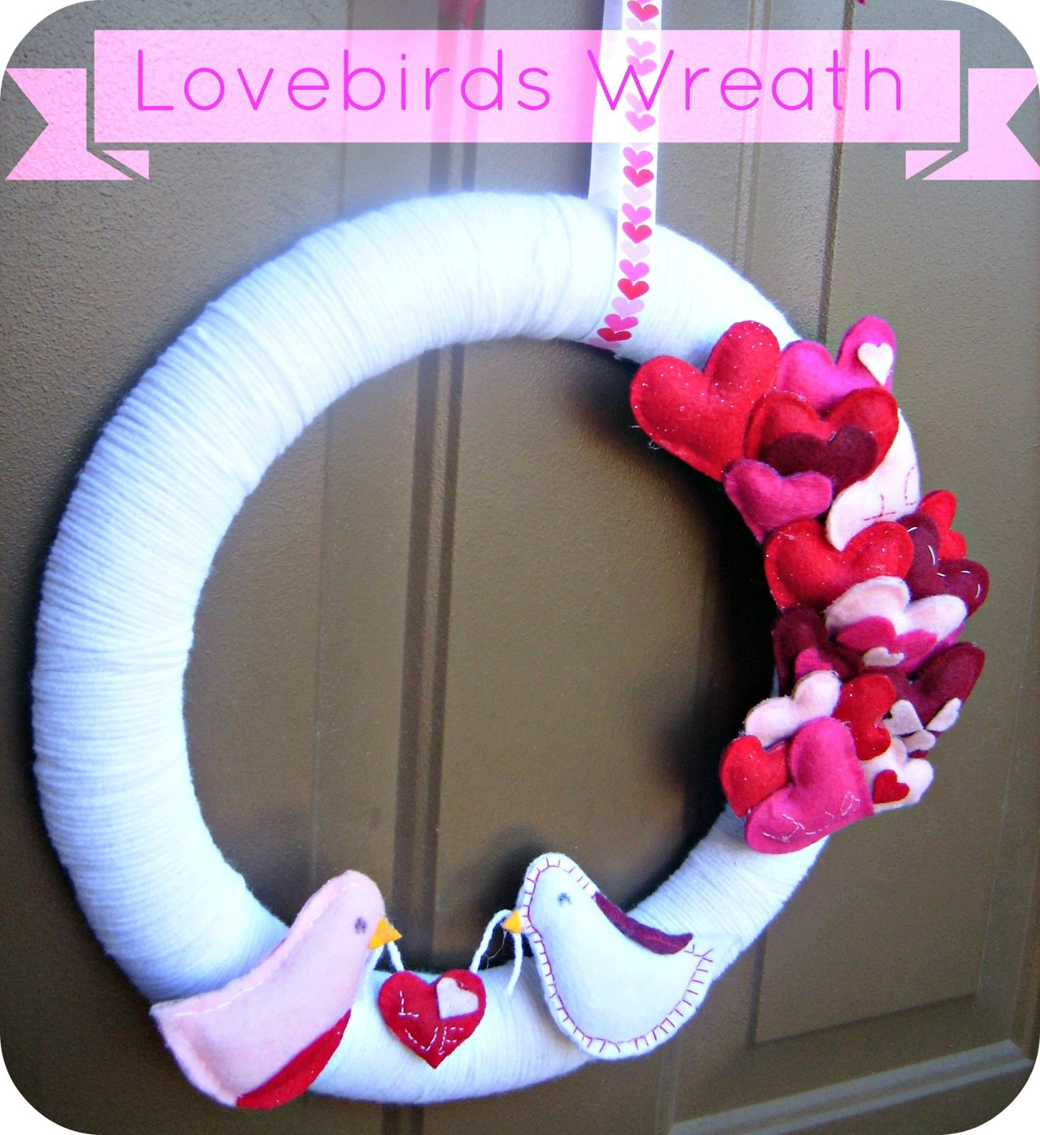 I'm in love with these Lovebirds Wreath from It's Always Reutten