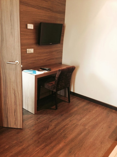 hotel_aroi_ponferrada_gisela_lopez_ordoñez_missdownpour_junior_suite