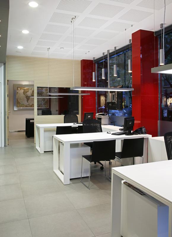 Oficinas administrativas y agencia de viajes por vicente for Planos de oficinas administrativas