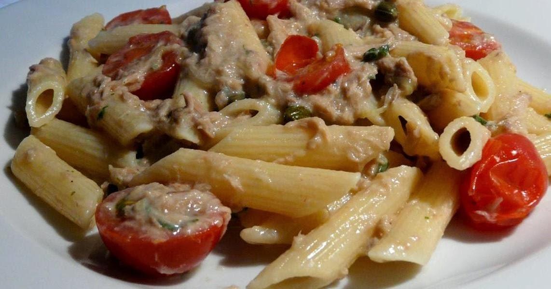 Thunfisch an Pasta mit Salbeisauce