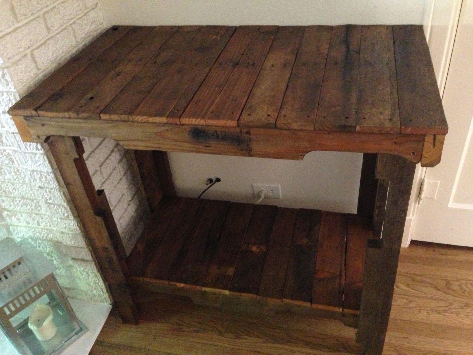 Greenwithlove pallet console table for Sofa table made from pallets