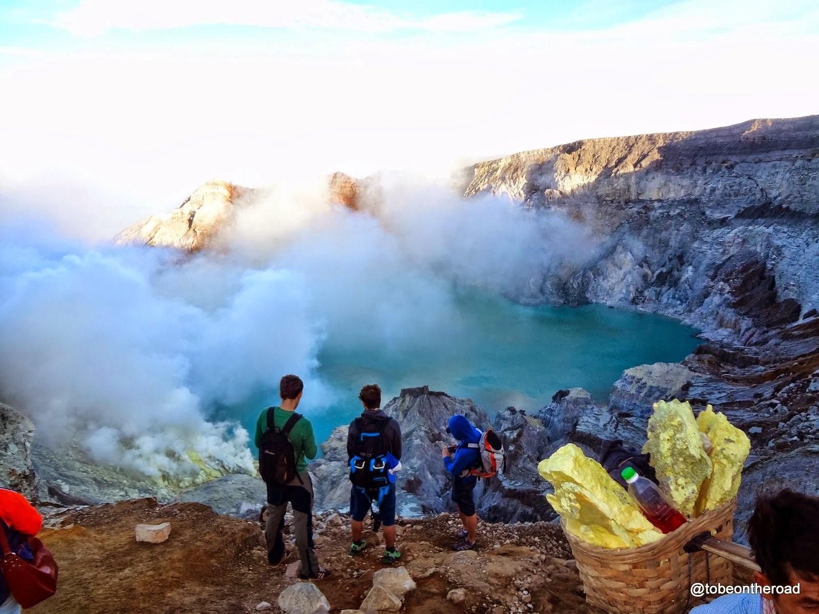 Indonesia,Sulphur,Iljen