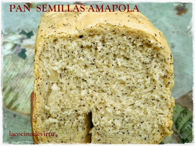 http://lacocinadevirtu.blogspot.com.es/2013/10/pan-de-semillas-de-amapola.html