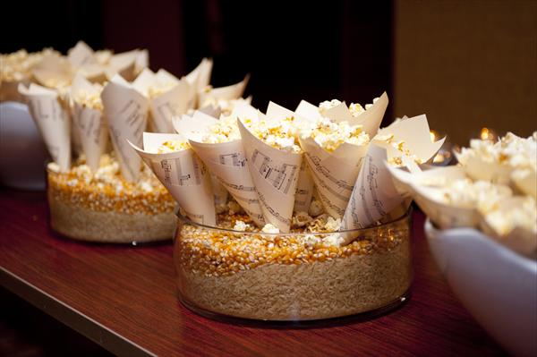 paper cones wedding. make paper cones from the music sheets of your favorite songs...then add popcorn wedding