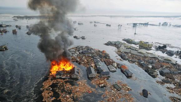 أغرب صورة ألتقطت بعد ثلاثة أشهر من زلزال اليابان