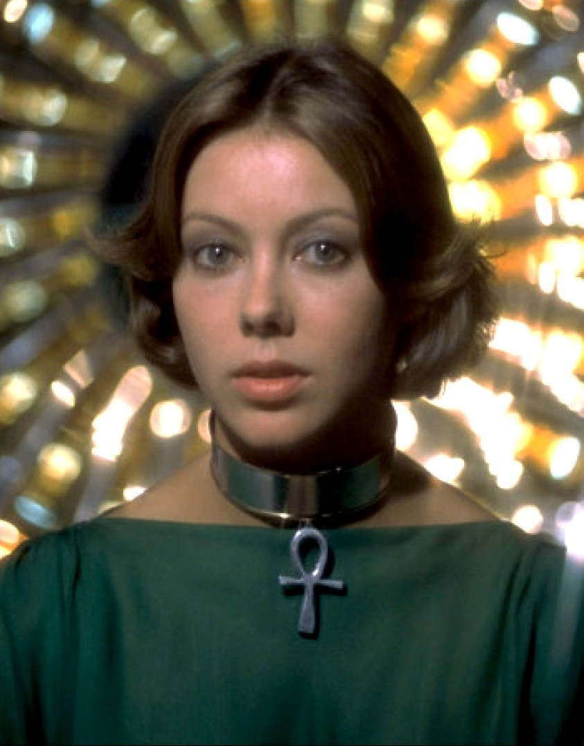 Somebody Stole My Thunder: A few pictures of Jenny Agutter