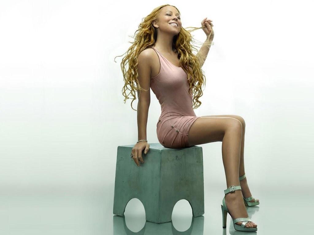 http://2.bp.blogspot.com/-IMP47jCgjx4/T1ROz3wxsSI/AAAAAAAAP0E/JyU6JCjrnjo/s1600/Mariah+Carey+(12).jpg