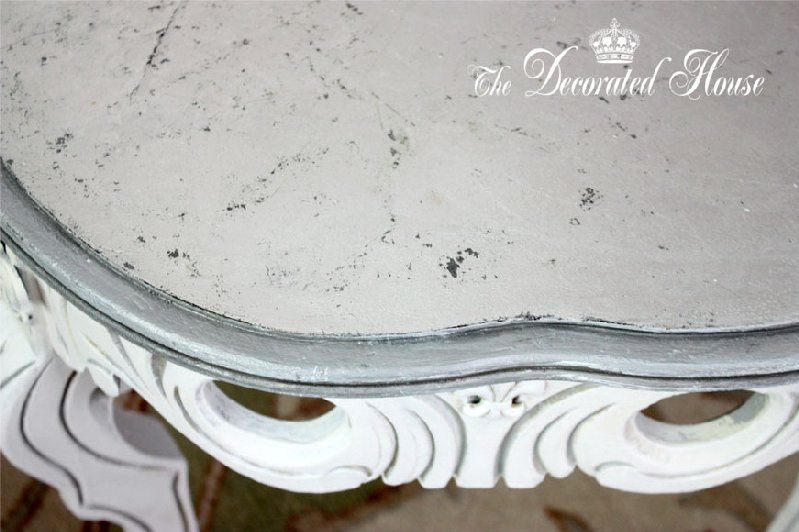 the decorated house silver leaf top on white coffee