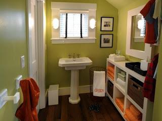 kamar+mandi+anak+warna+hijau+merah Desain kamar mandi kecil cantik untuk anak anak