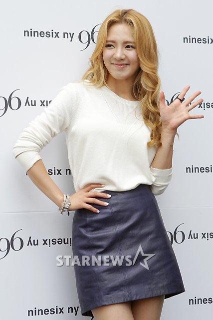 [PICS] HyoYeon @ 96ny '12 F/W  2012062616284790776_1