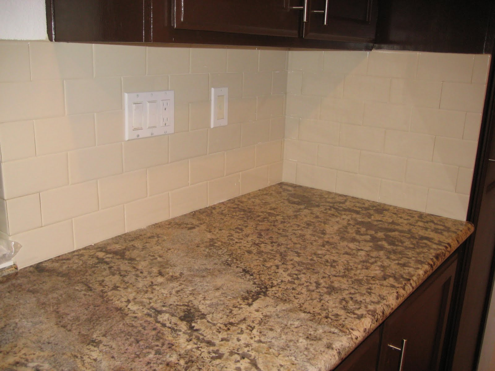 Almond Subway Tile Backsplash