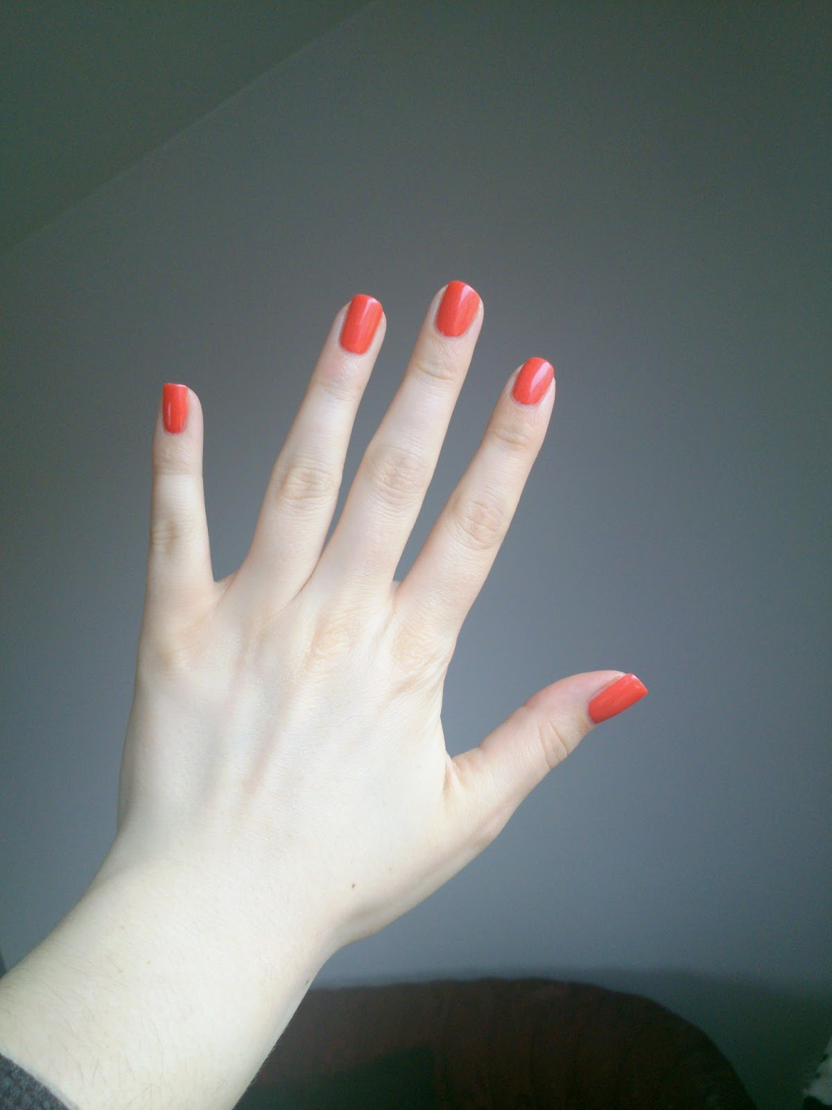 loreal dating coral nagellack L'oreal le vernis a l'huile, l'oreal's brand new oil infused nail polish miss holly berries: i cant seem to find any info on a release date.