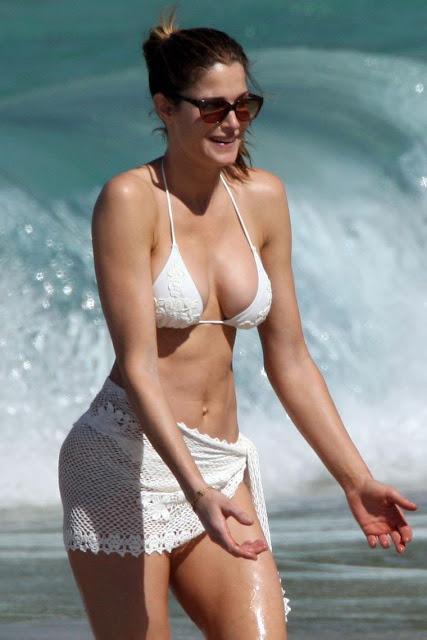 Stephanie Seymour in Swimsuit