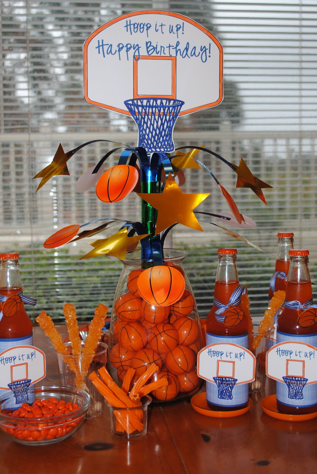 March maddness crafty and sweet treats for Basketball craft party ideas