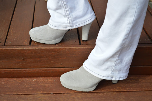 Sydney Fashion Hunter - The Wednesday Pants #40 - Silver Slicker - Shoes Of Prey Grey Suede Booties