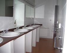 ¿Un máster para vigilar lavabos?