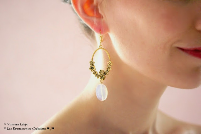 Vanessa Lekpa : belles paires de boucles d'oreille pour mariées , style romantique avec perle blanche opaline