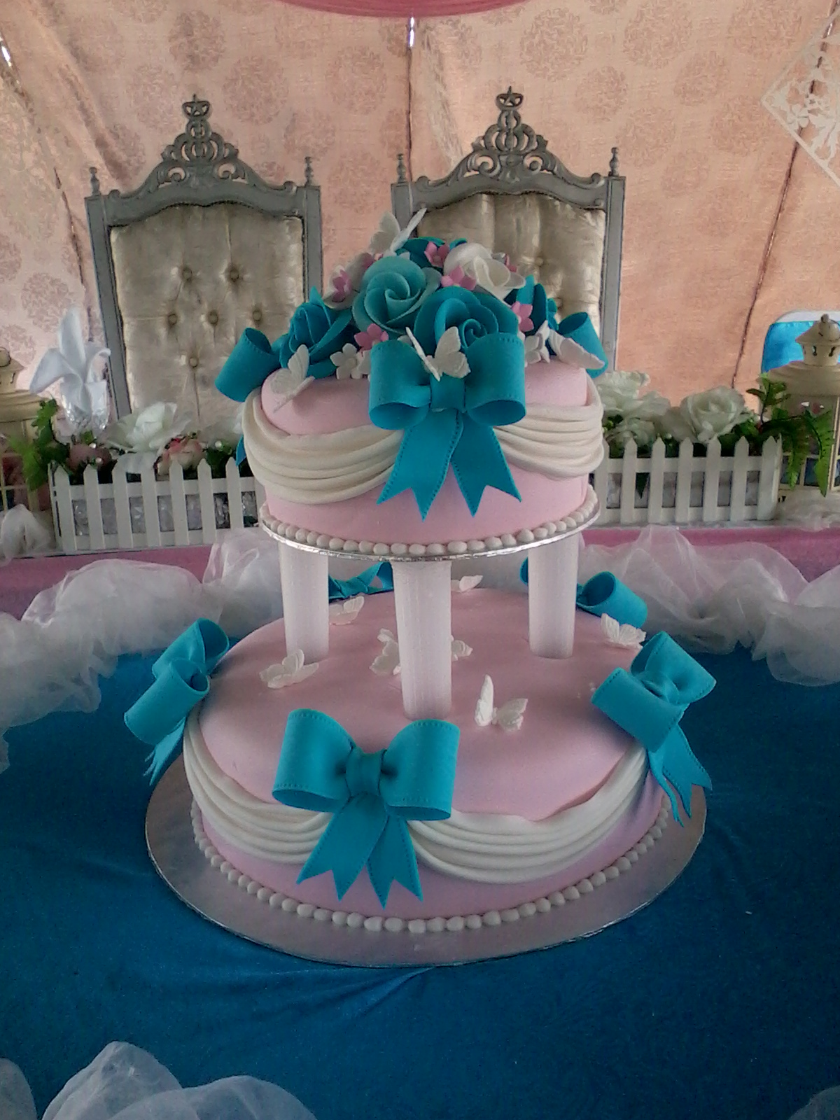 jujucupcakes pink and turquoise wedding cake. Black Bedroom Furniture Sets. Home Design Ideas