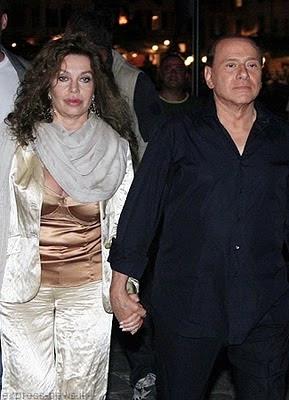 Immagine di Silvio Berlusconi e Veronica Lario insieme