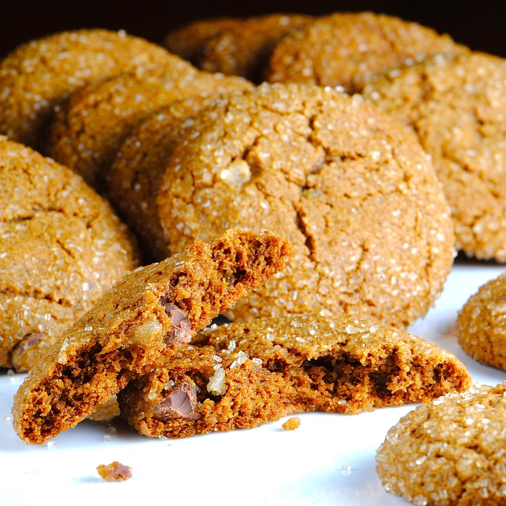 JULES FOOD...: Double Ginger Chewy Chocolate Chip Molasses Cookies