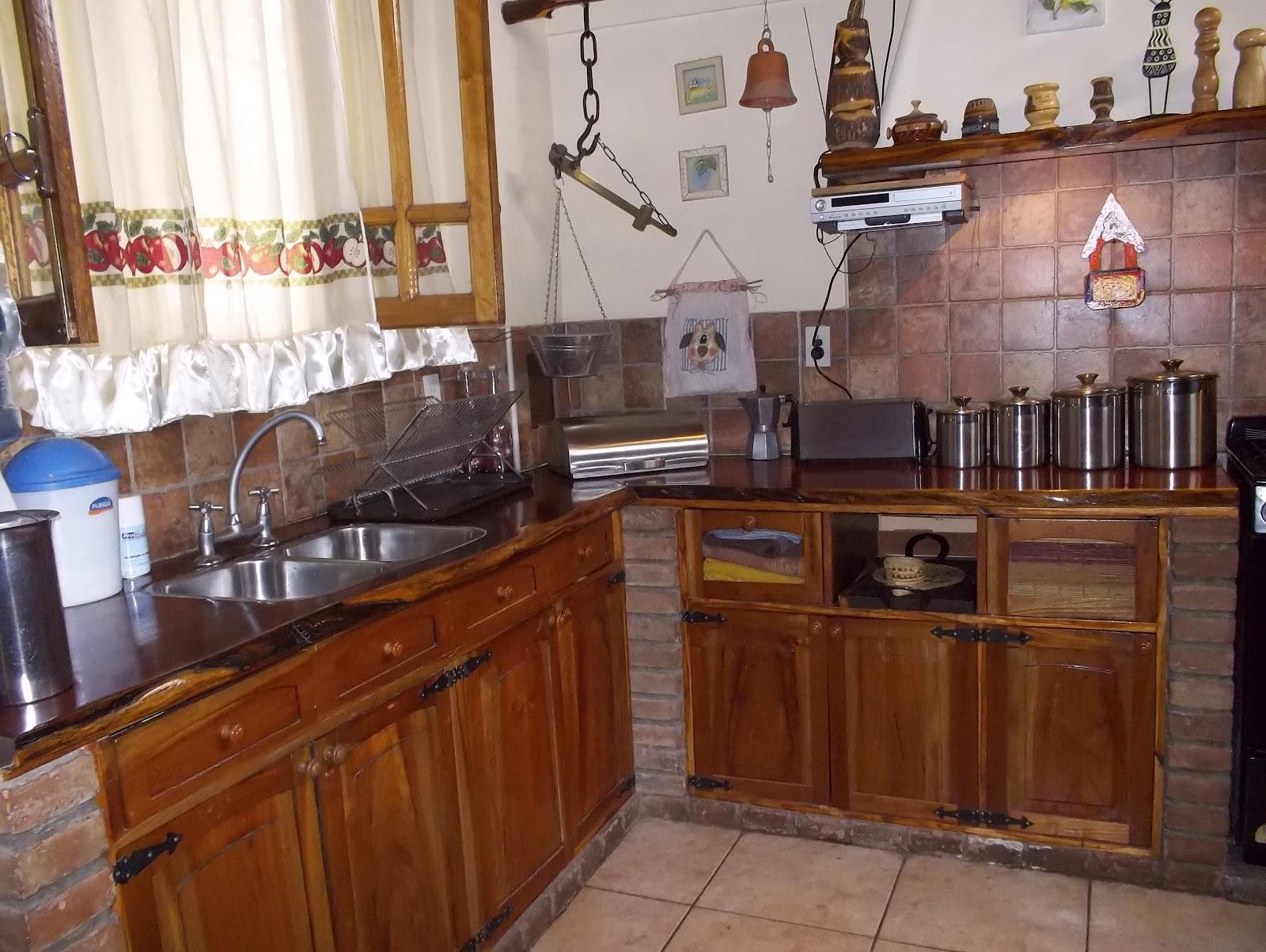 Remodelaci n y mantenimiento de casas y negocios cocina r stica estilo campo - Cocinas de material rusticas ...