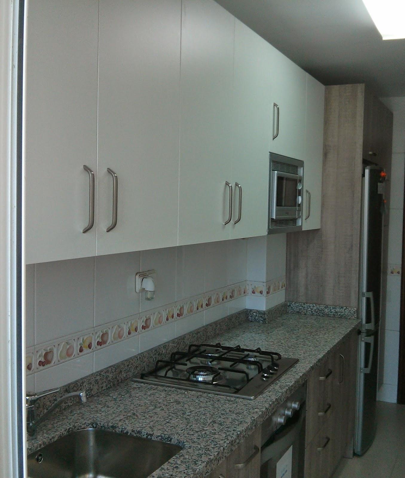 Carpinteria los molinos cocina tahon laminado roble gris for Cocinas puntocom