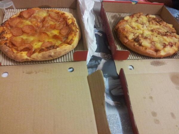 pizza, zuzu, cikmun, degree, pizza hawaian chicken, sedap, pnut, uitm puncak alam,