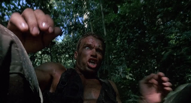 arnold schwarzenegger sliding in movie predator