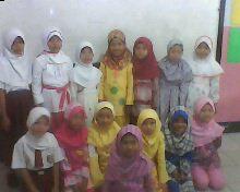 Siswa-siswi SD Al-Azhar 1 Anak-anakku yang cantik2 dan ganteng2 kelas II C....