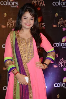 Gia Manek Beautiful TV Show Actress Glamorous Pics