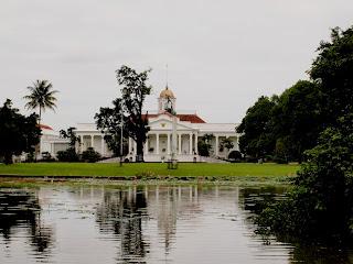 Istana Bogor di dalam Kebun Raya Bogor