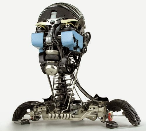 06-Jeremy Mayer-Typewriter-Robot-Sculptures-www-designstack-co