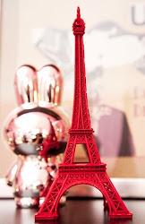 I (L) PARIS