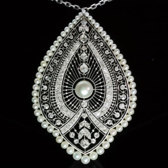 Pendant Necklace Diamonds Pearls Platinum