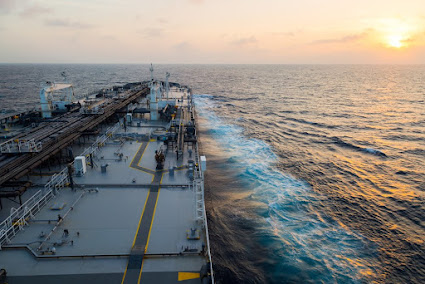 Russian Oil Set to Lose Billions from IMO 2020 Ship-Fuel Rules