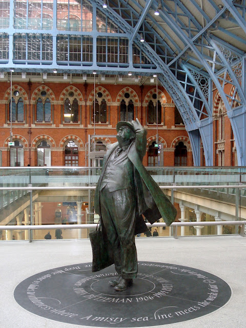 Statue of Sir John Betjeman, St Pancras Station, London