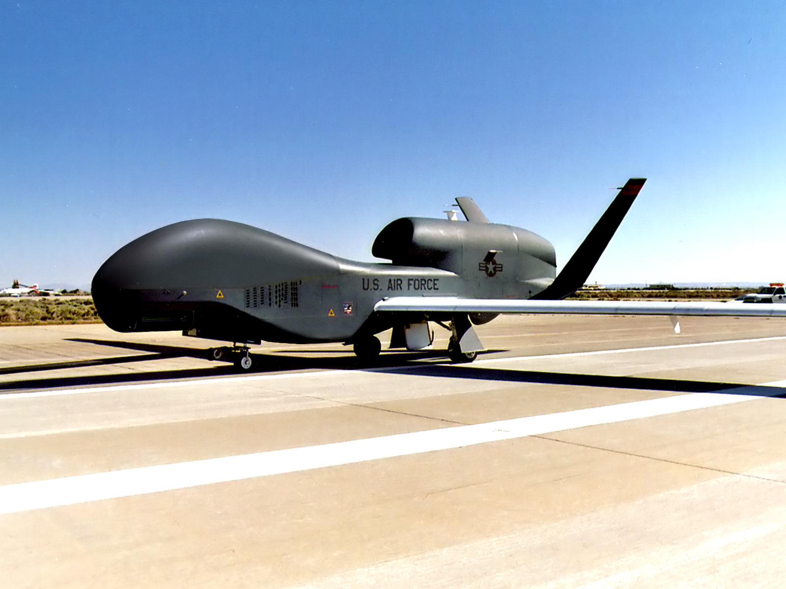 http://2.bp.blogspot.com/-IPvDaRLf--o/T4UbX0JQK6I/AAAAAAAAQFM/39-6LgjiuOM/s1600/-aircraft%2B_wallpaper--0009.jpg