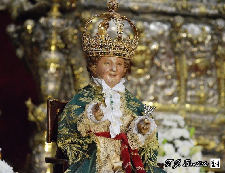 Cofrad as sevilla besamanos a nuestra se ora de los reyes for Mudanzas virgen de los reyes