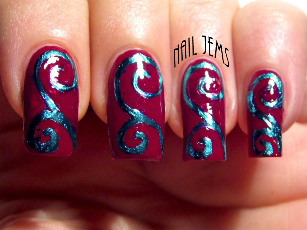 Nail Jems: Foil Patterns from Painting with Foil Glue