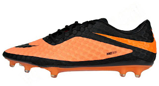 FOOTBALL NEWS: NIKE HYPER VENOM PHANTOM