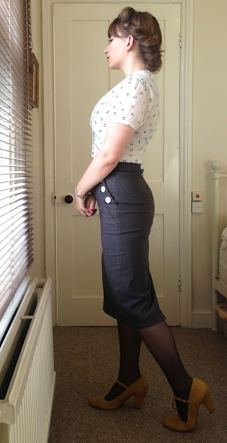 40s pencil skirt office look