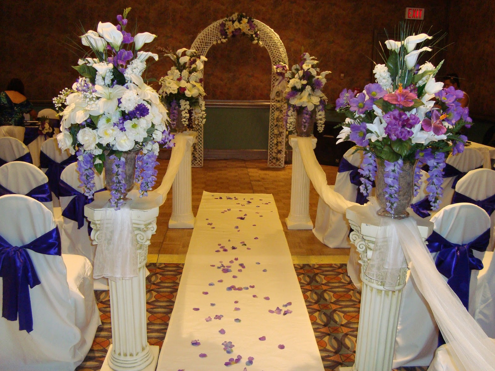 Noretas Decor Inc Wedding Decoration Calgary